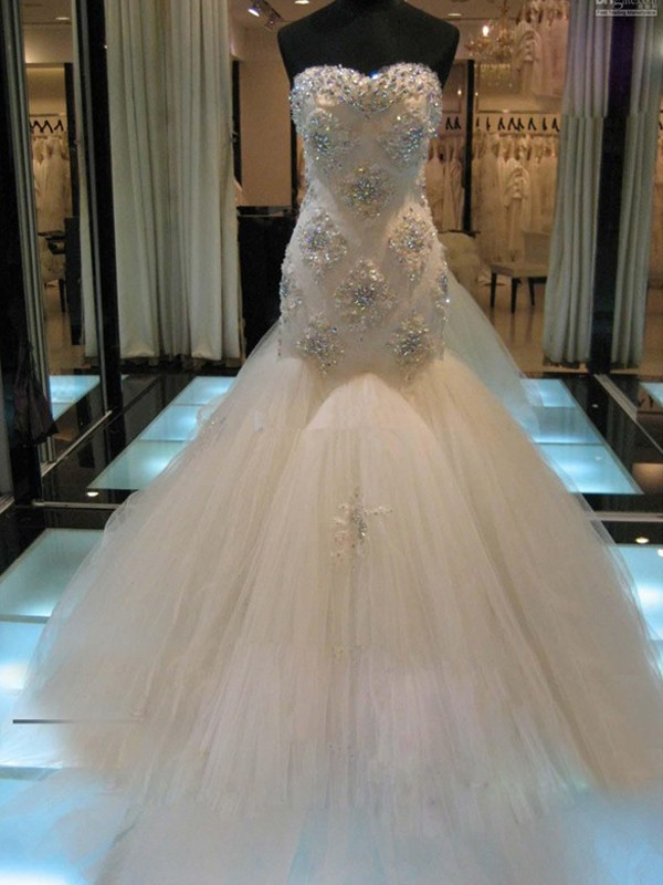 Trumpet/Mermaid Sleeveless Beading Sweetheart Chapel Train Tulle Wedding Dresses