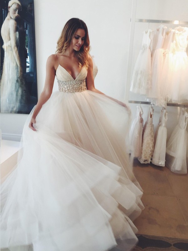 Ball Gown Sleeveless Crystal Spaghetti Straps Court Train Tulle Wedding Dresses