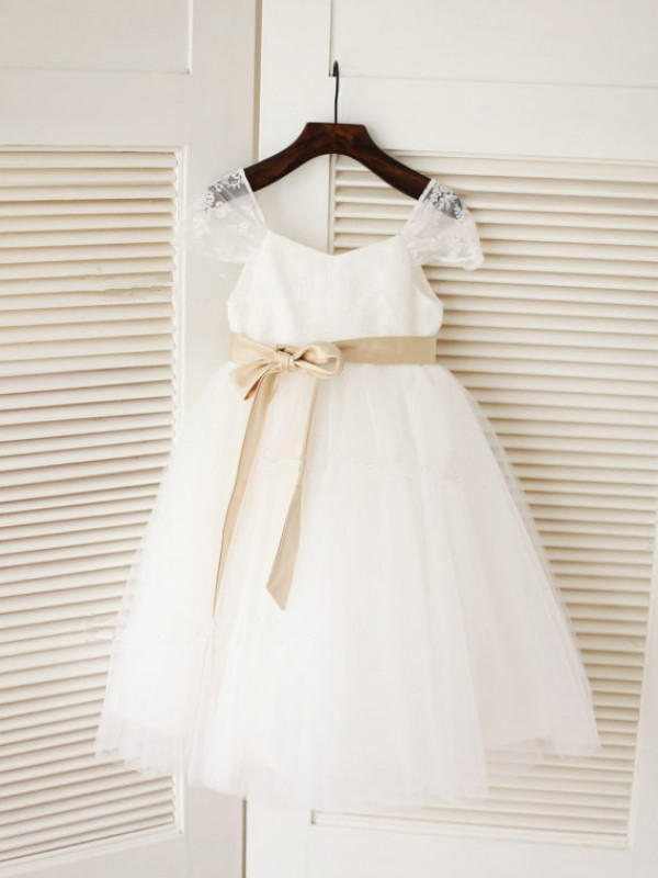 Ball Gown Scoop Tea-Length Sash/Ribbon/Belt Sleeveless Tulle Flower Girl Dresses