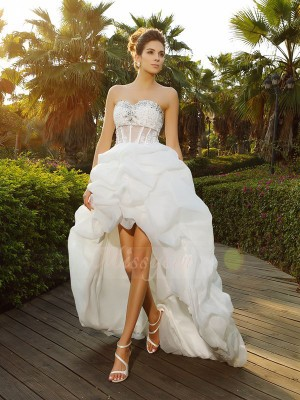 A-Line/Princess Sleeveless Organza Sweetheart Beading Asymmetrical Wedding Dresses