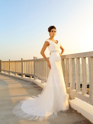 Sheath/Column Sleeveless Net V-neck Pleats Court Train Wedding Dresses