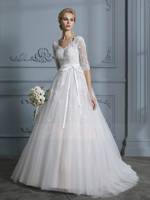 Ball Gown 1/2 Sleeves Tulle Court Train V-neck Wedding Dresses 71034