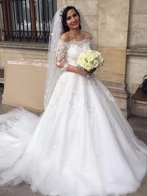 Ball Gown 3/4 Sleeves Off-the-Shoulder Tulle Chapel Train Applique Wedding Dresses