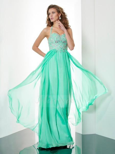 A-Line/Princess Sleeveless Sweep/Brush Train Chiffon Halter Beading,Applique Dresses