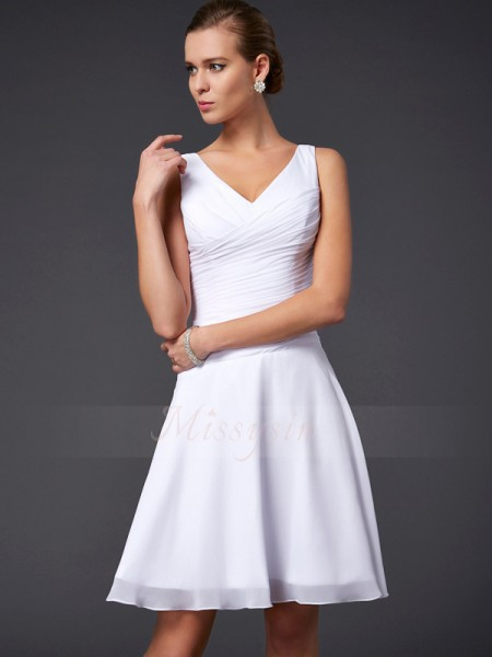 A-Line/Princess Sleeveless Knee-Length Chiffon V-neck Pleats Bridesmaid Dresses