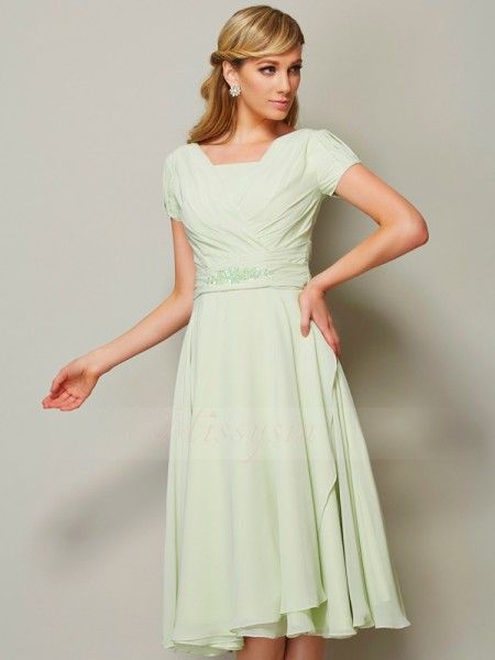 Sheath/Column Short Sleeves Knee-Length Chiffon Bateau Ruffles Bridesmaid Dresses