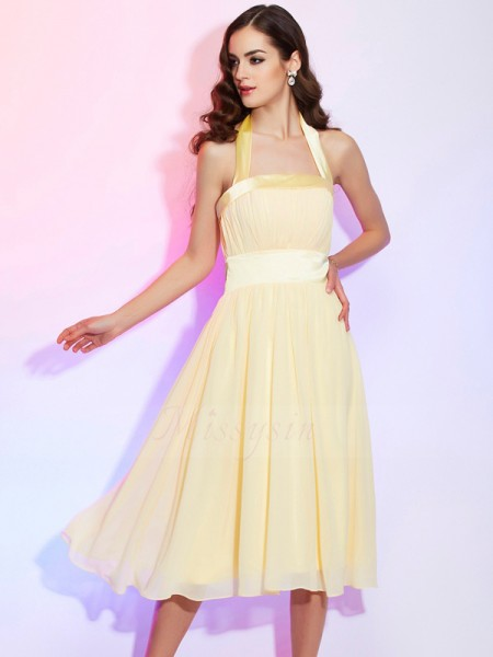 A-Line/Princess Sleeveless Knee-Length Chiffon Halter Pleats Dresses