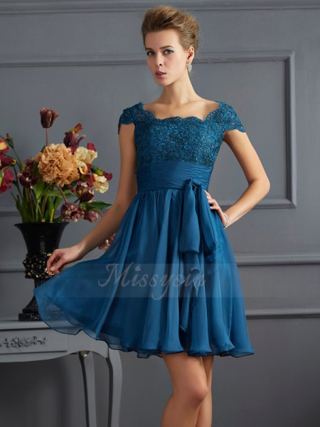 A-Line/Princess Short Sleeves Short/Mini Chiffon Scoop Dresses