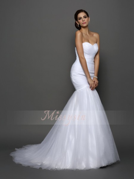 Trumpet/Mermaid Sleeveless Sweetheart Pleats Court Train Net Wedding Dresses