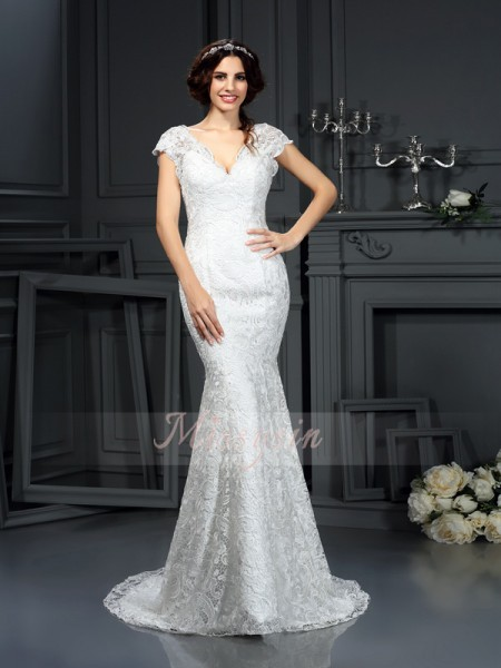 Trumpet/Mermaid Sleeveless V-neck Court Train Lace Wedding Dresses