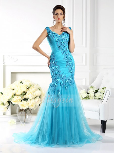 Trumpet/Mermaid Sleeveless Straps Applique Sweep/Brush Train Silk like Satin Dresses