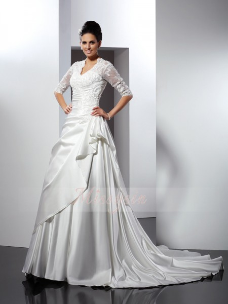 A-Line/Princess 1/2 Sleeves V-neck Applique Chapel Train Satin Wedding Dresses