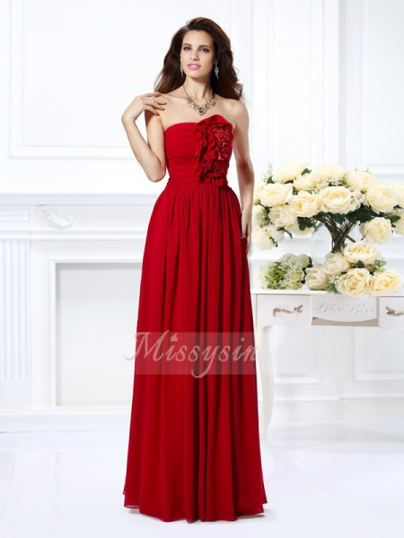 A-Line/Princess Sleeveless Strapless Hand-Made Flower Floor-Length Chiffon Bridesmaid Dresses