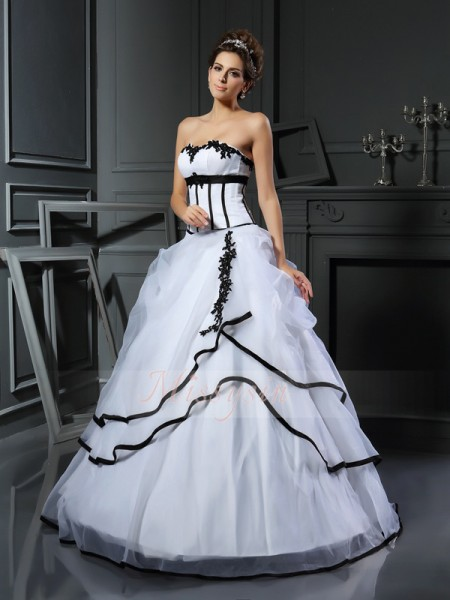 Ball Gown Sleeveless Sweetheart Applique Floor-Length Satin Wedding Dresses