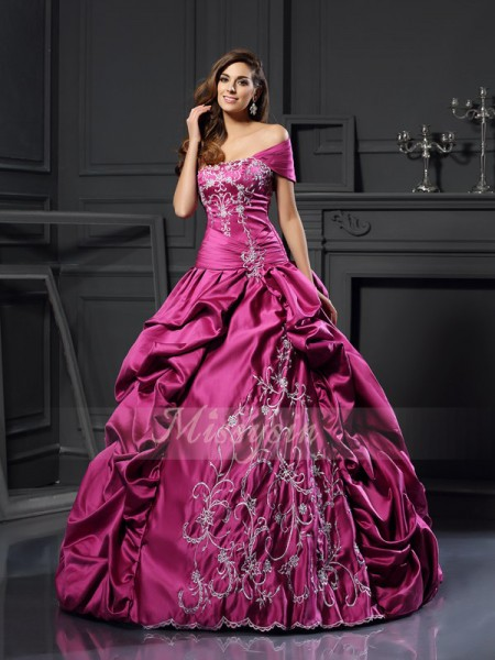 Ball Gown Sleeveless Sweetheart Applique Floor-Length Satin Dresses