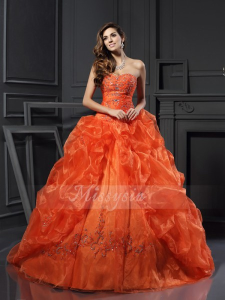 Ball Gown Sleeveless Sweetheart Beading,Applique Court Train Organza Dresses