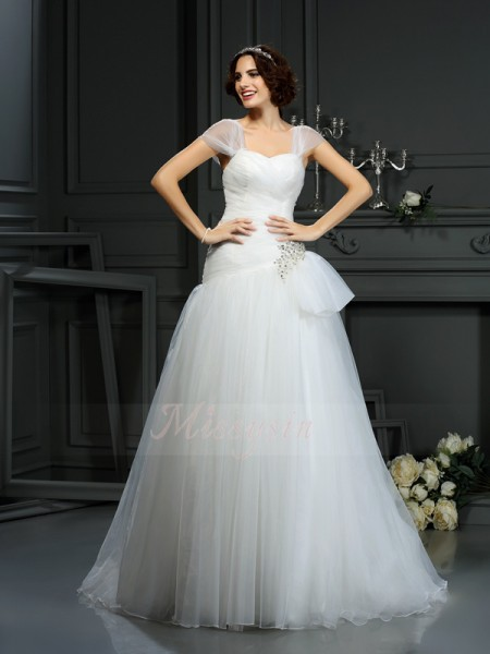 A-Line/Princess Sleeveless Organza Sweetheart Beading Court Train Wedding Dresses