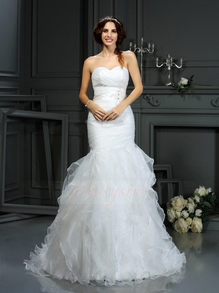 Trumpet/Mermaid Sleeveless Organza Sweetheart Beading Court Train Wedding Dresses