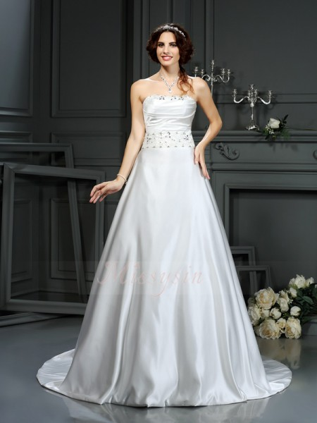 A-Line/Princess Sleeveless Satin Strapless Beading Court Train Wedding Dresses