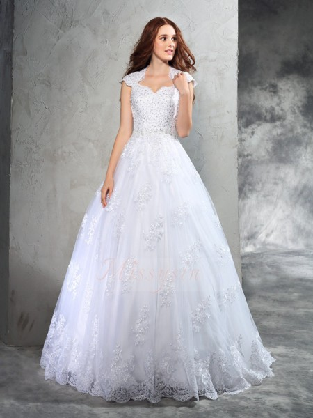 Ball Gown Sleeveless Sweetheart Court Train Organza Wedding Dresses