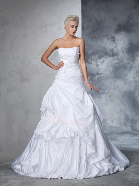 Ball Gown Sleeveless Strapless Applique Chapel Train Satin Wedding Dresses