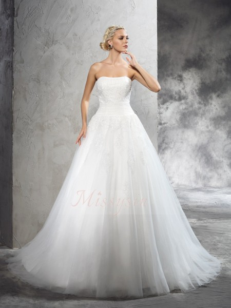 Ball Gown Sleeveless Strapless Applique Court Train Satin Wedding Dresses