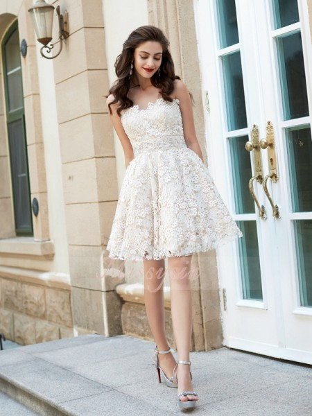 A-Line/Princess Sweetheart Short/Mini Rhinestone Sleeveless Lace Dresses