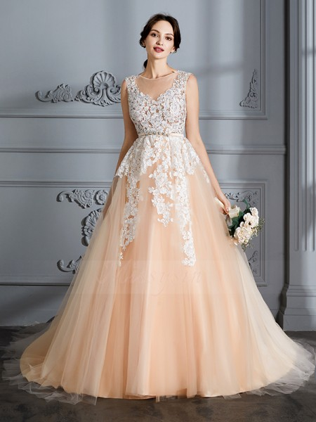 Ball Gown Sleeveless Tulle Court Train Scoop Wedding Dresses 71005
