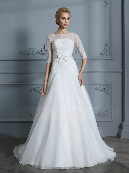 A-Line/Princess 1/2 Sleeves Tulle Court Train Scoop Wedding Dresses 71039