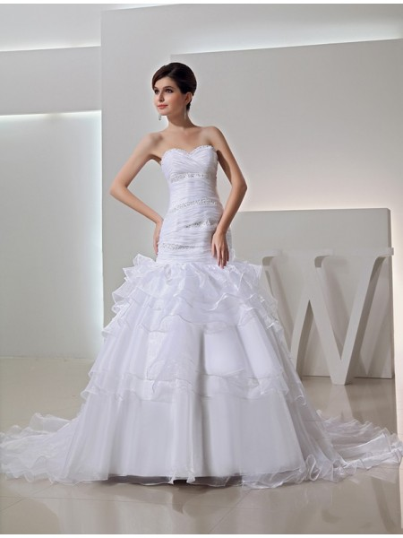 Trumpet/Mermaid Sweetheart Chapel Train Beading Sleeveless Organza Wedding Dresses