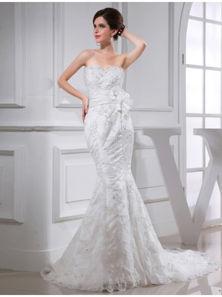 Trumpet/Mermaid Sweetheart Chapel Train Beading Sleeveless Satin Wedding Dresses
