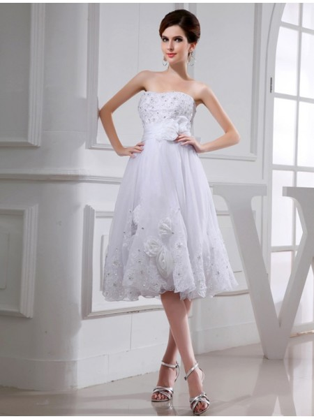A-Line/Princess Strapless Knee-Length Beading,Applique Sleeveless Taffeta,Organza Wedding Dresses