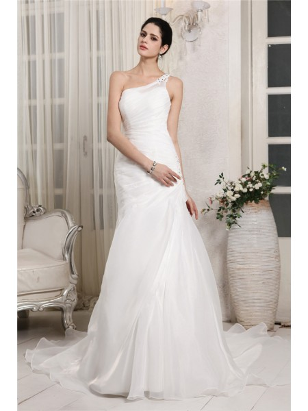 Trumpet/Mermaid One-Shoulder Chapel Train Beading,Applique Sleeveless Organza Wedding Dresses