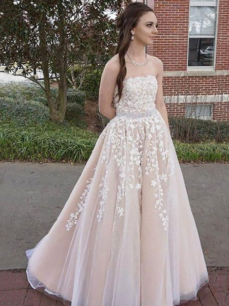 A-Line/Princess Sleeveless Applique Strapless Floor-Length Tulle Dresses