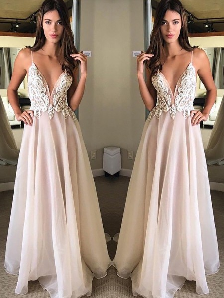 A-Line/Princess Sleeveless Applique Spaghetti Straps Sweep/Brush Train Chiffon Dresses
