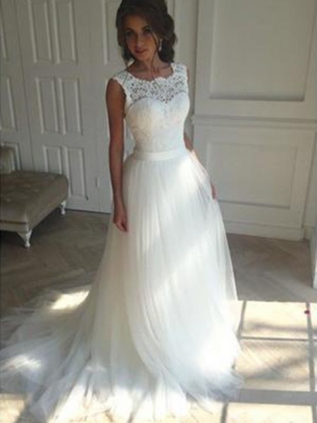 A-Line/Princess Sleeveless Square Tulle Court Train Beading Wedding Dresses