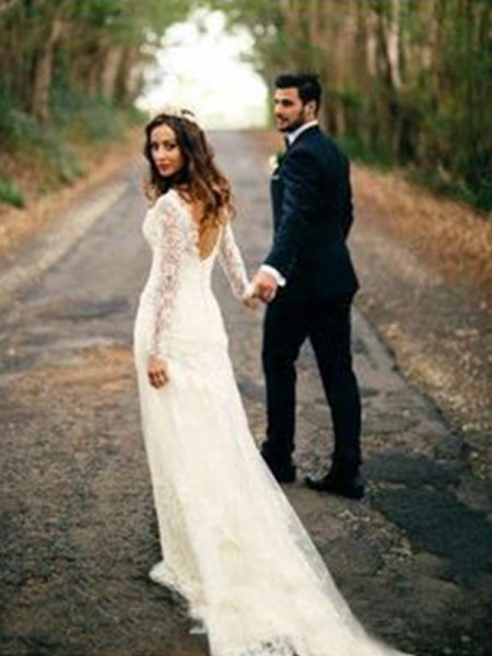 Sheath/Column Long Sleeves V-neck Lace Court Train Applique Wedding Dresses