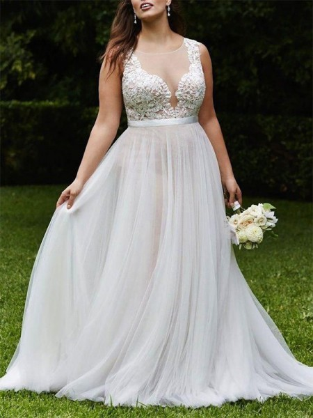 A-Line/Princess Sleeveless Scoop Tulle Court Train Wedding Dresses
