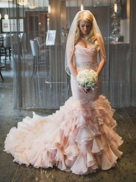 Trumpet/Mermaid Sleeveless Sweetheart Organza Court Train Ruffles Wedding Dresses