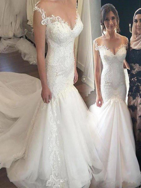Trumpet/Mermaid Sleeveless Off-the-Shoulder Tulle Chapel Train Applique Wedding Dresses