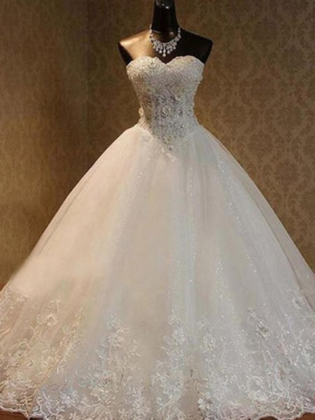 Ball Gown Sleeveless Sweetheart Tulle Floor-Length Beading Wedding Dresses