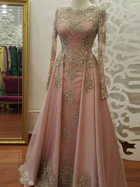 A-Line/Princess Floor-Length Scoop Applique Long Sleeves Tulle Dresses