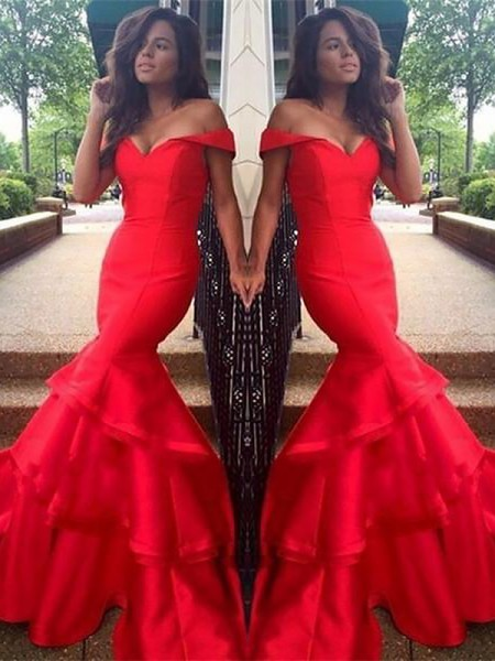 Trumpet/Mermaid Sleeveless Layers Off-the-Shoulder Sweep/Brush Train Taffeta Dresses