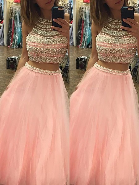 A-Line/Princess Sleeveless Beading Halter Floor-Length Tulle Dresses