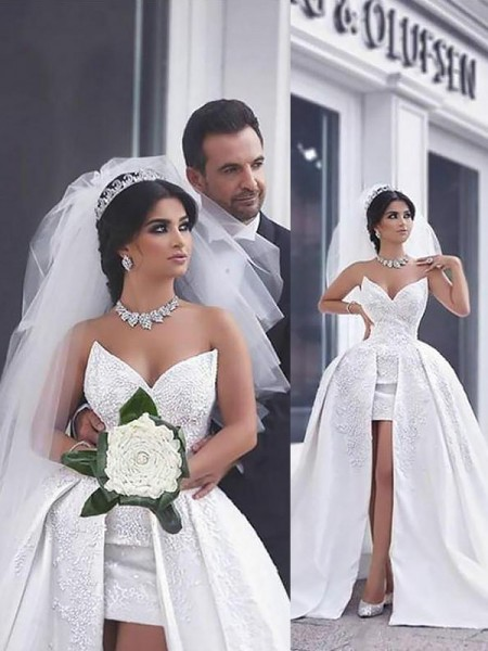 Ball Gown Sleeveless Satin Sweetheart Beading Chapel Train Wedding Dresses