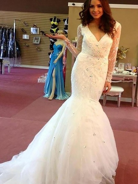 Trumpet/Mermaid Long Sleeves Tulle V-neck Beading Court Train Wedding Dresses