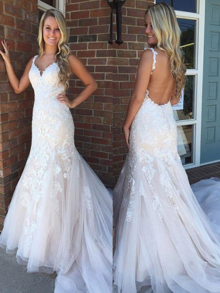 Trumpet/Mermaid Sleeveless Tulle Sweep/Brush Train V-neck Applique Wedding Dresses