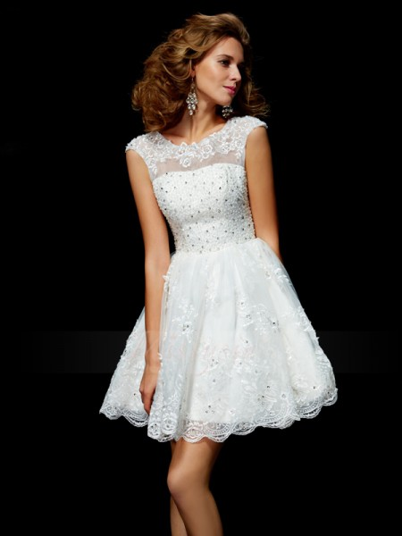 A-Line/Princess Short Sleeves Short/Mini Organza V-neck Applique Cocktail Dresses
