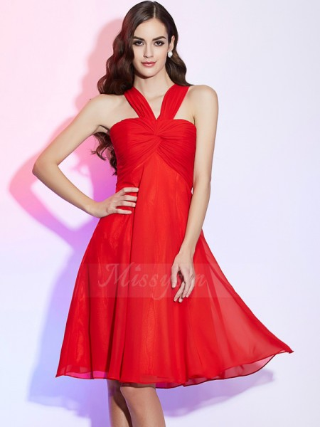 A-Line/Princess Sleeveless Knee-Length Chiffon Halter Pleats Bridesmaid Dresses