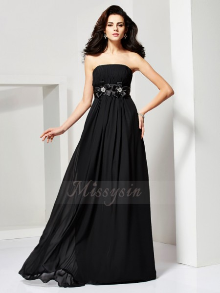 A-Line/Princess Sleeveless Sweep/Brush Train Chiffon Strapless Hand-Made Flower Dresses